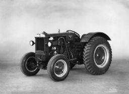 International Harvester I-12 Tractor