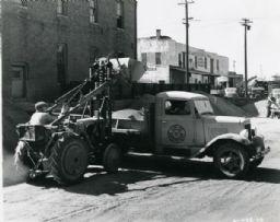 City of Davenport Industrial Tractor