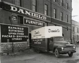 0305007371 m Daniels Furniture