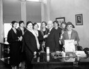 Women with Mayor Schmedeman