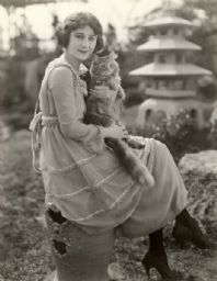 Ruth Stonehouse and her Cat, Leo