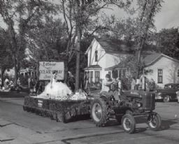 Cranberry Parade Float