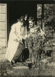 Scene Still of Florence Lawrence and Owen Moore in