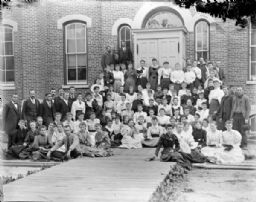 School Group in front of Black Rivers Grade School