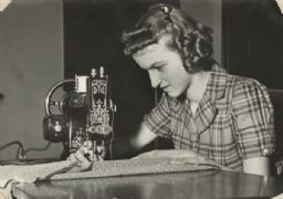Neighborhood House Scrapbook: Lucy Martinelli Sewing