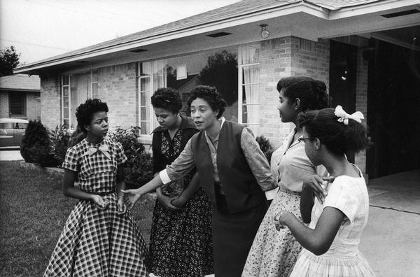 essay on the little rock nine Little rock nine this research paper little rock nine and other 63,000+ term papers, college essay examples and free essays are available now on reviewessayscom.