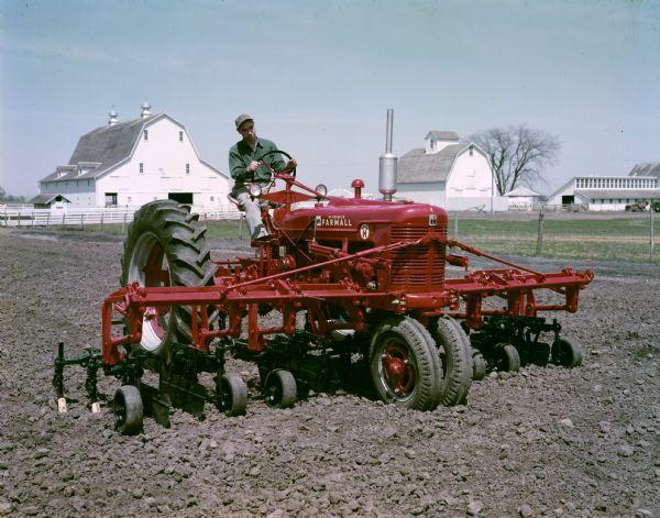 Farmall Cultivator Parts : Farmall super h tractor with cultivator in field