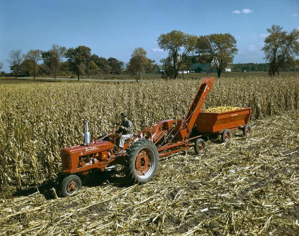 Cartoon Tractor Corn Picker : Mccormick farmall tractor h with a p pull type corn