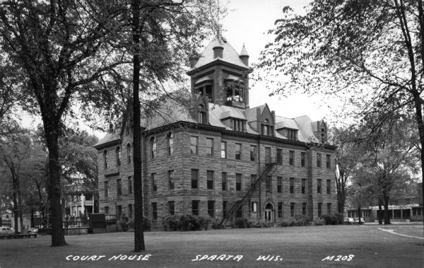 Monroe County Courthouse | Postcard | Wisconsin Historical Society
