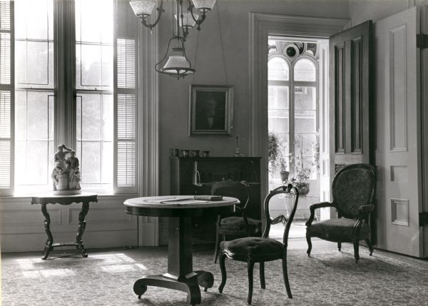 View of the second parlor in the Tallman House.