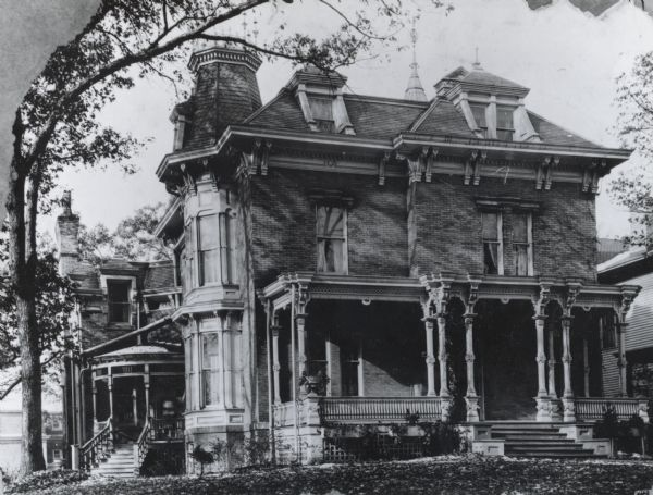 This red brick Italianate residence located at 216 Langdon Street, was built in 1870 for Lucien Stanley Hanks, a prominent Madison banker and civic leader, and his wife, the former Sybil Perkins. Leased by the Sigma Chi chapter from 1896-1897, and used by Tau Kappa Epsilon from 1923-1936. Demolished in 1966.