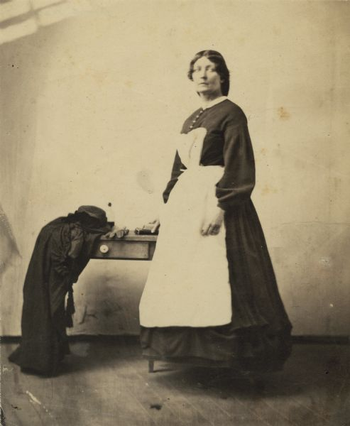 Harriet Douglas Whetten (b.1822). Whetten was a volunteer nurse during the Civil War. She served on hospital ships out of New York and Philadelphia from 1862 to 1865, and later as nurses' superintendent at the Carver Hospital in Washington, D.C.