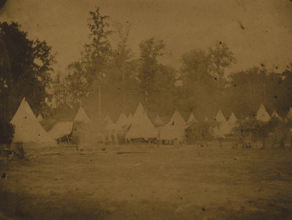 An unidentified camp scene from the Civil War.