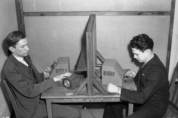 Milgram experiment 3 20 minutes footage - 4 5