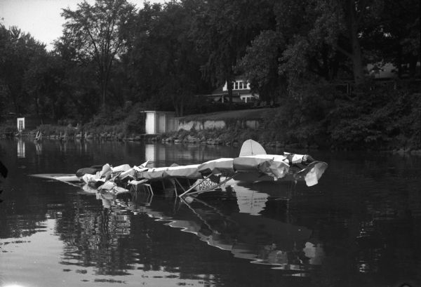 Encounter On Lake Mendota >> Airplane Crash In Lake Mendota Photograph Wisconsin