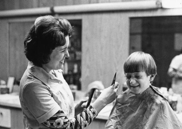Jan Reuter theresa barber shop photograph wisconsin historical society