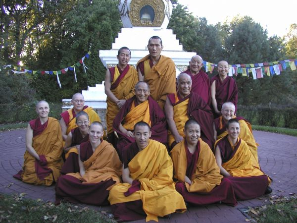 Geshe L Sopa, Jangste Choje Rinpoche, Yangsi Rinpoche and monks and nuns of the Deer Park Buddhist Center.