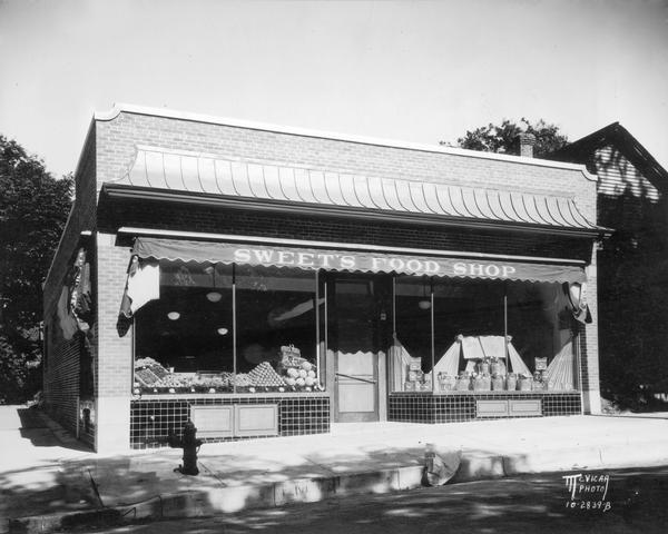 Exterior view of Sweet's Food Shop, located at 354 West Main Street.