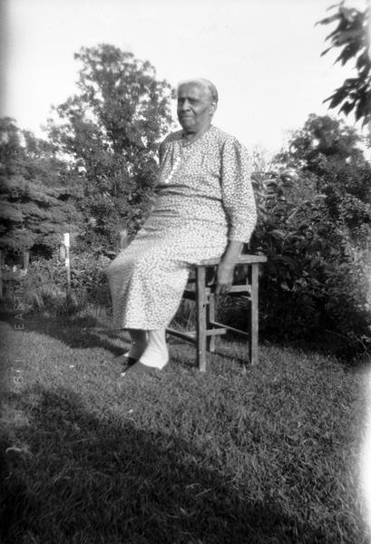 Aunt Lily Richmond sang African American spirituals for song collector Helene Stratman-Thomas. Richmond came to Grant County Wisconsin with her parents, freed slaves from Missouri.