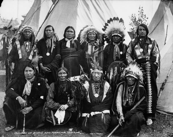 """a brief history of the sioux indian tribe Tweet history is important for anyone who has ever wondered """"how did things get to be this way"""" sometimes, a person is standing right at the moment in time when history is made, a witness of the very events that have shaped our present."""
