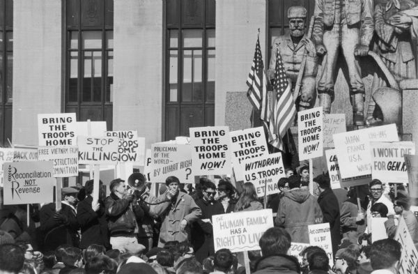 Anti-Vietnam War rally in Pioneer Park in Minneapolis held as part of the Second International Days of Protest, March 25-26.