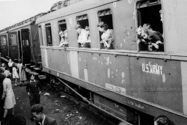 Train full of Polish refugees. Photograph taken by Louis Koplin during the time he worked for the American Jewish Joint Distribution Committee; near the German border.