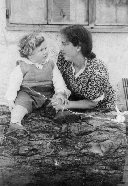 Cyla Tine Stundel and son, Ksiel; Farenwald Displaced Persons camp, Germany.