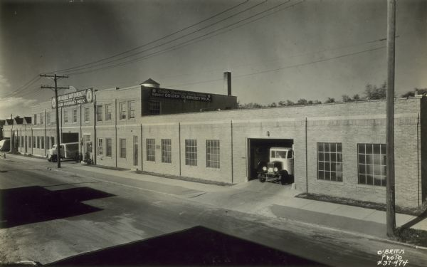Golden Guernsey Dairy Building | Photograph | Wisconsin