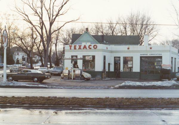 Tiffts Texaco Station   Photograph   Wisconsin Historical
