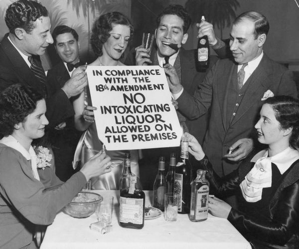 the involvement of mob in the prohibition of alcohol in the united states in the 1920s Prohibition roots of prohibition prohibition sale and transportation of alcohol they united with democrats and it was ratified by the states in just 13.